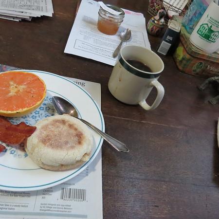 breakfast-m