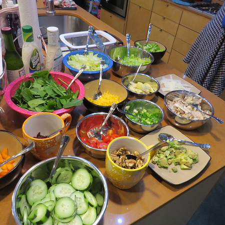 fix20your20own20salad20day-m